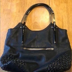 Black shoulder purse w/ adorable accents